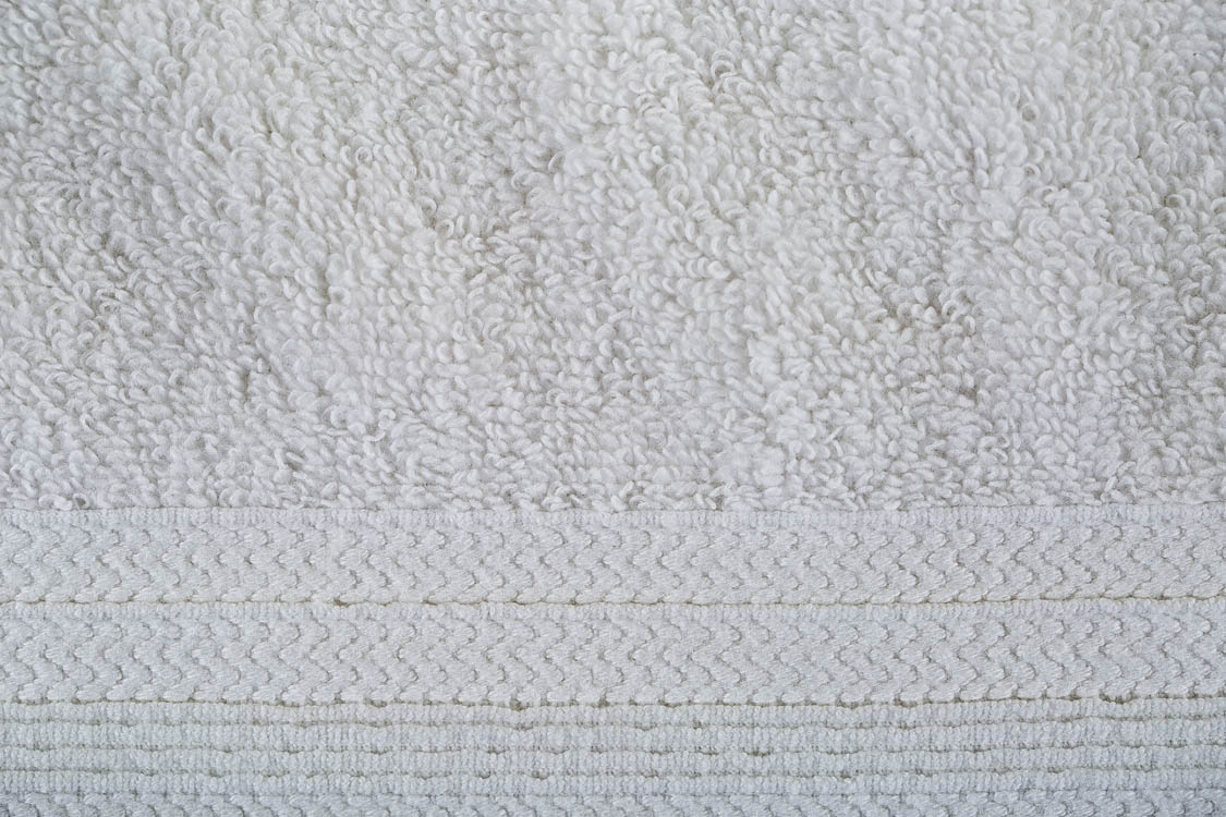 מגבת רחצה פרימיום 75/140 אפור בהיר